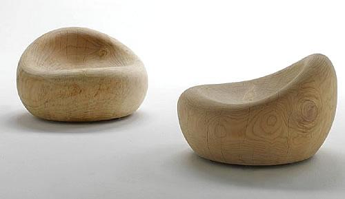 De eerste meubels!
