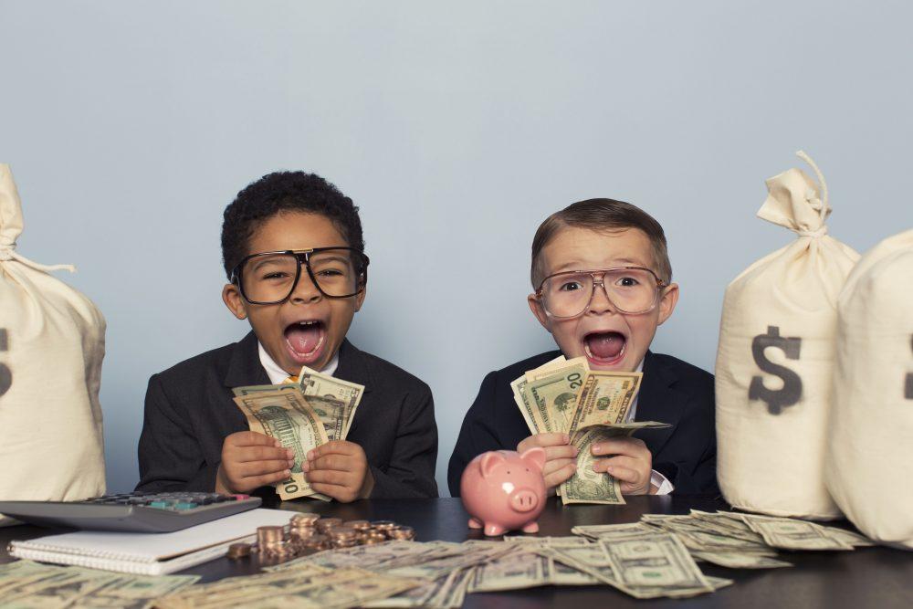 Kinderen leren omgaan met geld